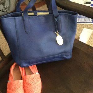 Beautiful Cynthia Rowley blue leather tote bag